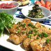 低カロリー低コスト!優秀食材「鶏胸肉」で作る主菜になるレシピ5選のサムネイル画像