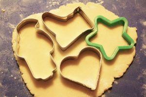 クッキーの抜き型を使ったお菓子や小物やデコレーションを集めましたのサムネイル画像