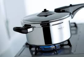 ちょっと怖いけど。使ってみたいな圧力鍋。どれがいいか比較しましたのサムネイル画像