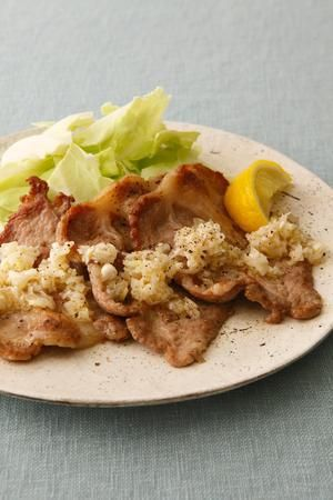 長ねぎ人気レシピ>豚焼き肉のねぎ塩だれ