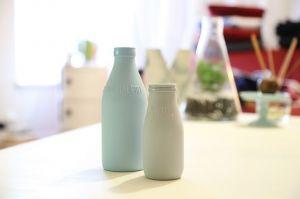 牛乳にヨーグルトを混ぜて保温! 手作りヨーグルトを作って楽しもうのサムネイル画像