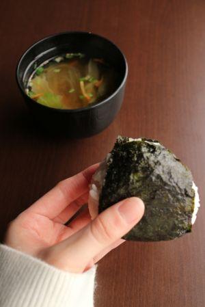海苔には元気の素になる栄養素がいっぱい!海苔の佃煮のレシピ付き!のサムネイル画像